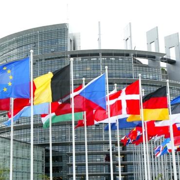 ¿CUÁNTOS IDIOMAS SE HABLAN EN EUROPA Y CUÁLES SON LOS MÁS TRADUCIDOS?