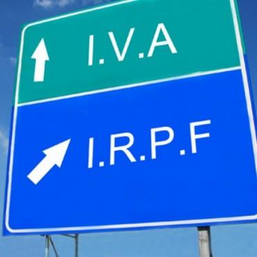 Factura traducciones exenta de IVA e IRPF